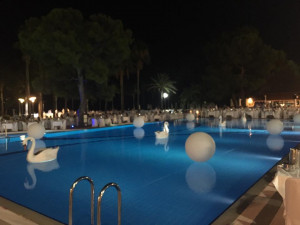 Club Med Kemer Palmiye white party